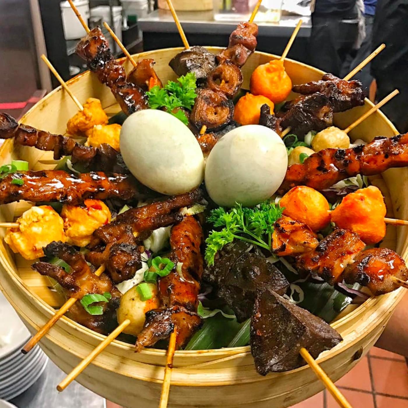 la filipino restaurant noypitz opened a third location in little tokyo eater la la filipino restaurant noypitz opened a