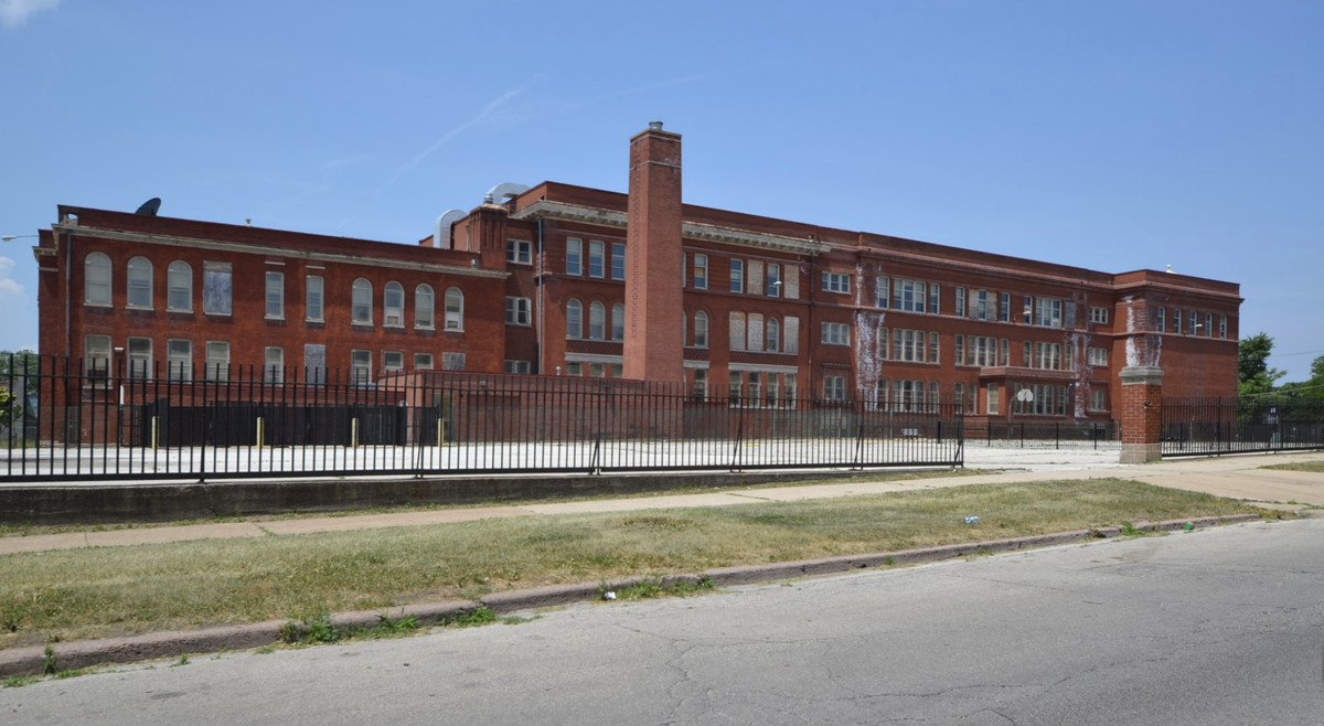 Affordable senior housing to fill vacant West Pullman ...