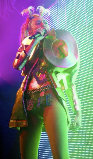 Miley Cyrus at the Riv on Thursday, November 19, 2015.  SELENA FRAGASSI/FOR SUN-TIMES