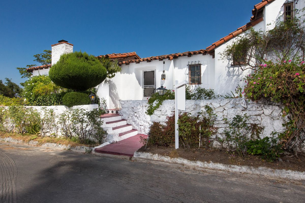 Old Hollywood Homes Whimsical 1930S Mediterraneanstyle House With Old Hollywood Ties