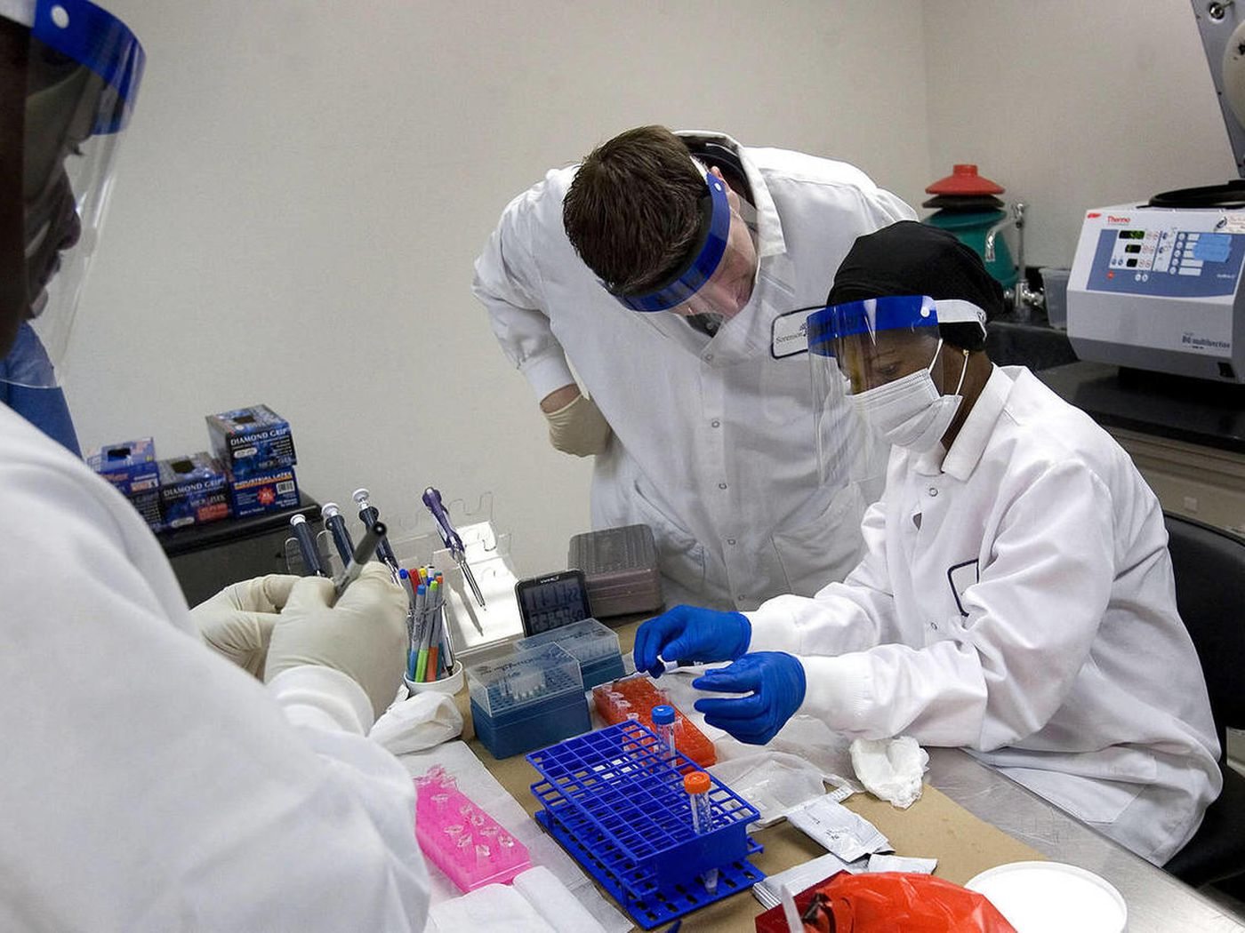 Real Forensic Scientists Shake Their Heads At Tv Csi Counterparts Deseret News