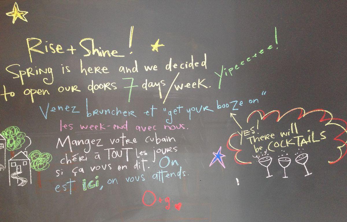 Chalkboard sign at Olive et Gourmando | Photo: Ian Harrison