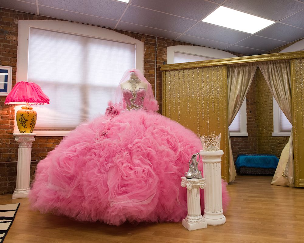 a46c244f4185 Below, she tells us about how she became famous, what happens to her dresses  after the weddings, and the craziest things she's ever blinged.