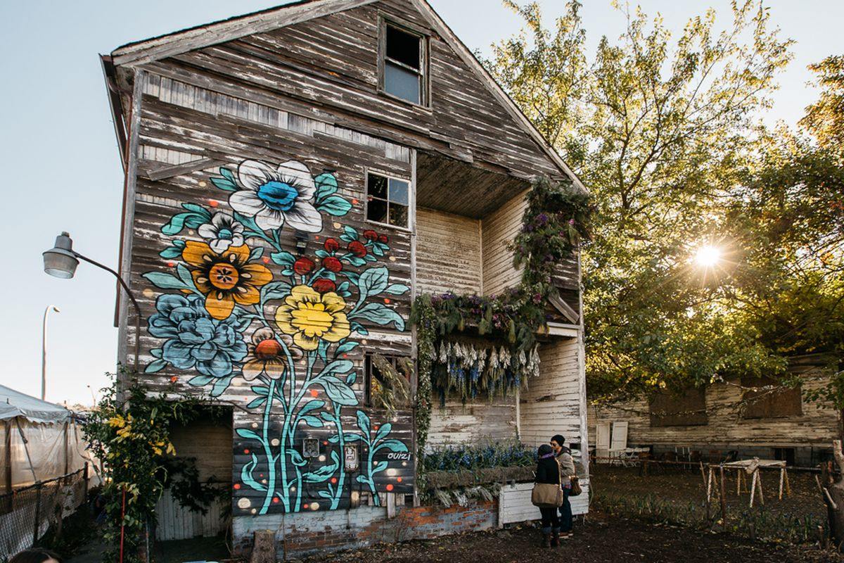 See Flower House Curbed Photo Essay Curbed Detroit