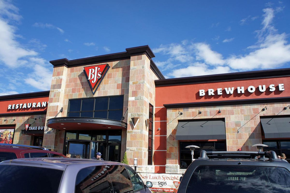 A Bj S Restaurant And Brewhouse Flickr Brokentaco