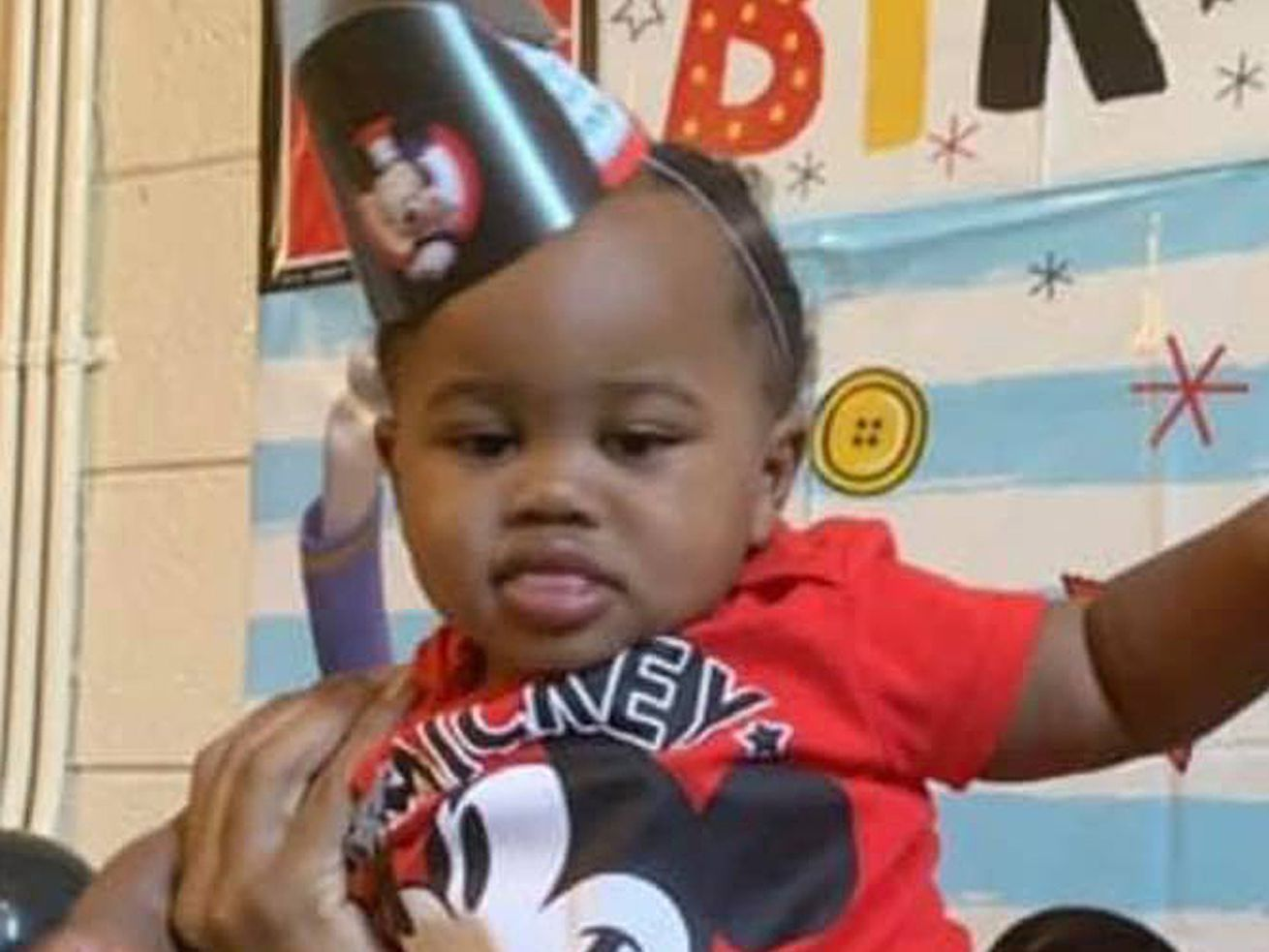 """Kayden Swann, the 21-month-old boy shot during a road-rage incident on Lake Shore Drive, remained in """"very critical"""" condition Friday."""