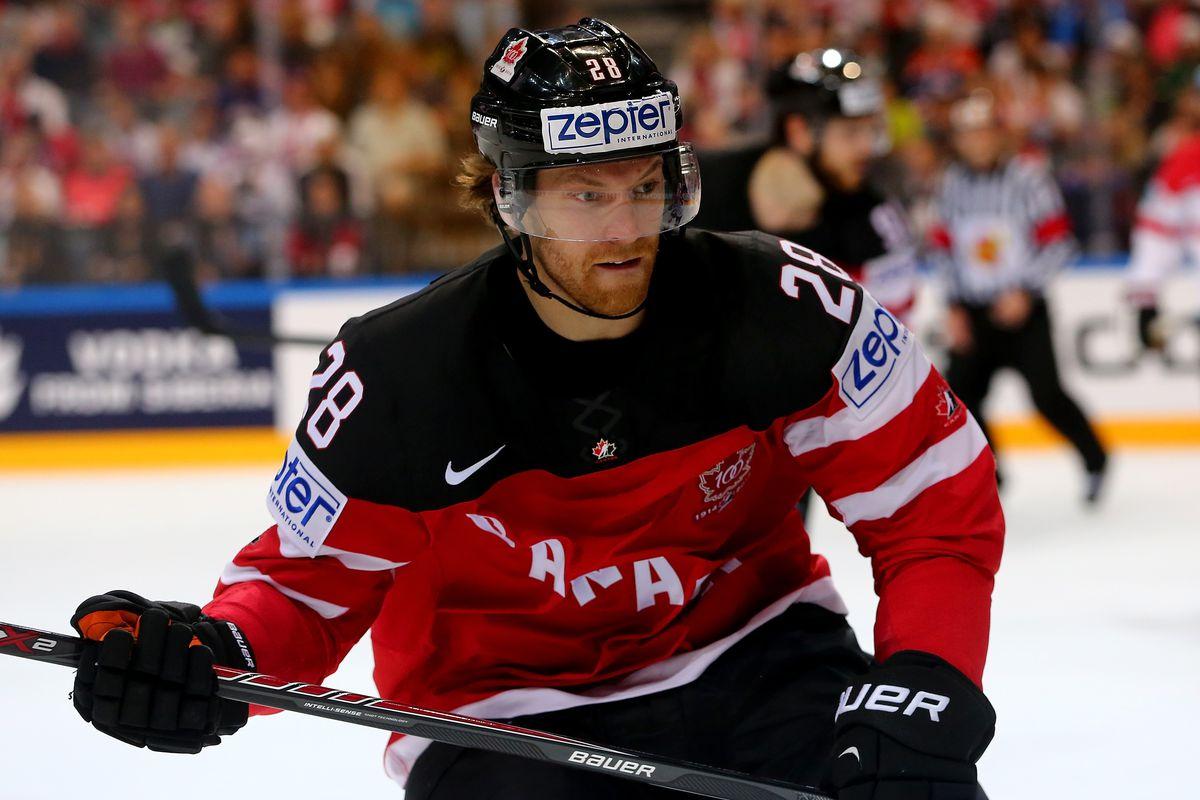 a0d9ba45d3b 2016 World Cup of Hockey  Claude Giroux kept off preliminary Canada roster