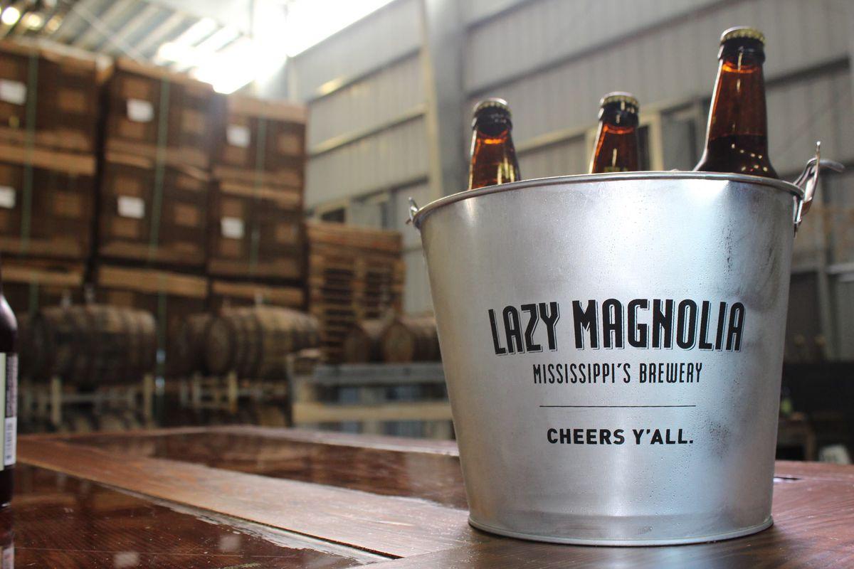 LM beer bucket