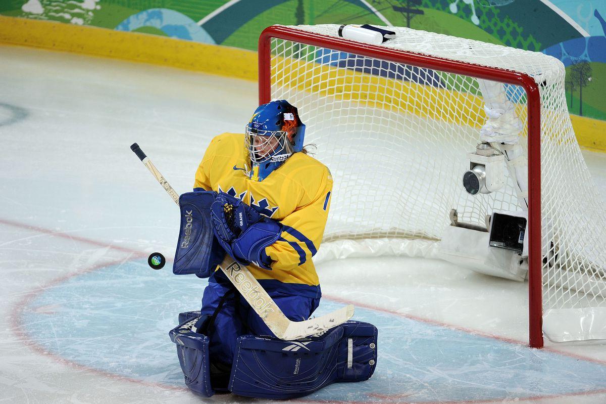 Ice Hockey - Day 4 - Sweden v Slovakia