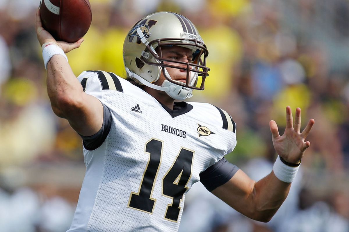 ANN ARBOR, MI - SEPTEMBER 03: Alex Carder #14 of the Western Michigan Broncos throws a first quarter pass while playing the Michigan Wolverines at Michigan Stadium on September 3, 2010 in Ann Arbor, Michigan. (Photo by Gregory Shamus/Getty Images)