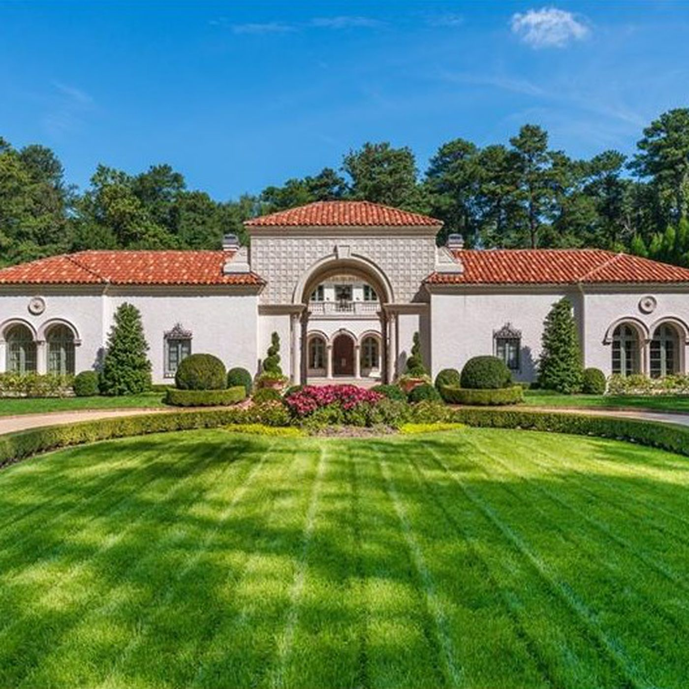 Tuxedo Park mansion tries again at $10.7M, following price-slashes ...