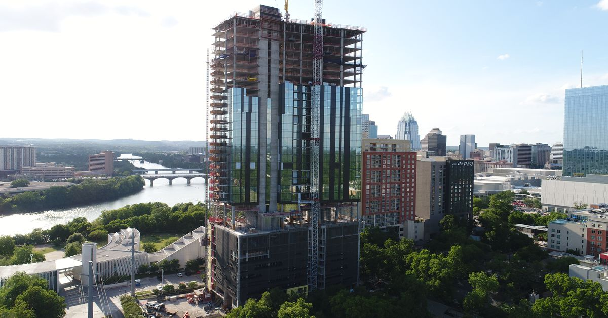 70 Rainey Luxury Condominium Tower Tops Out At 34 Stories