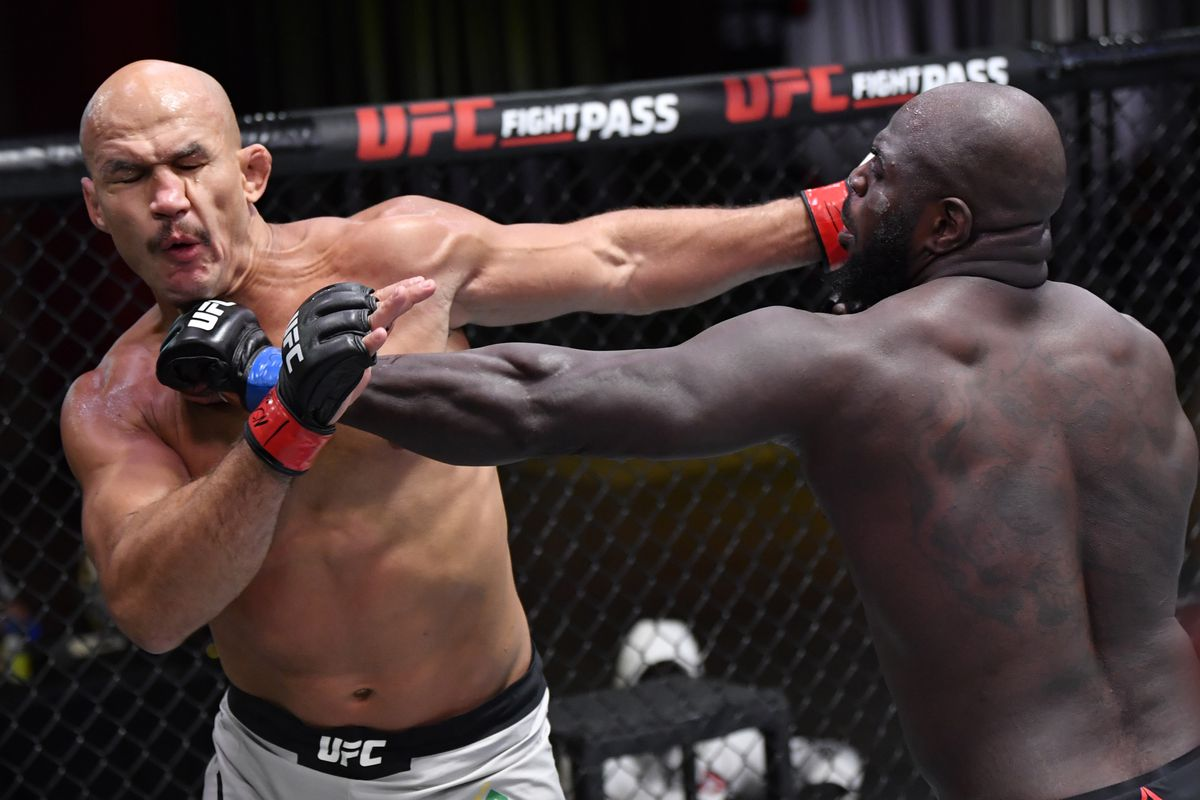 Ufc 252 Results Jairzinho Rozenstruik Bounces Back With Vicious Knockout Against Junior Dos Santos Mma Fighting