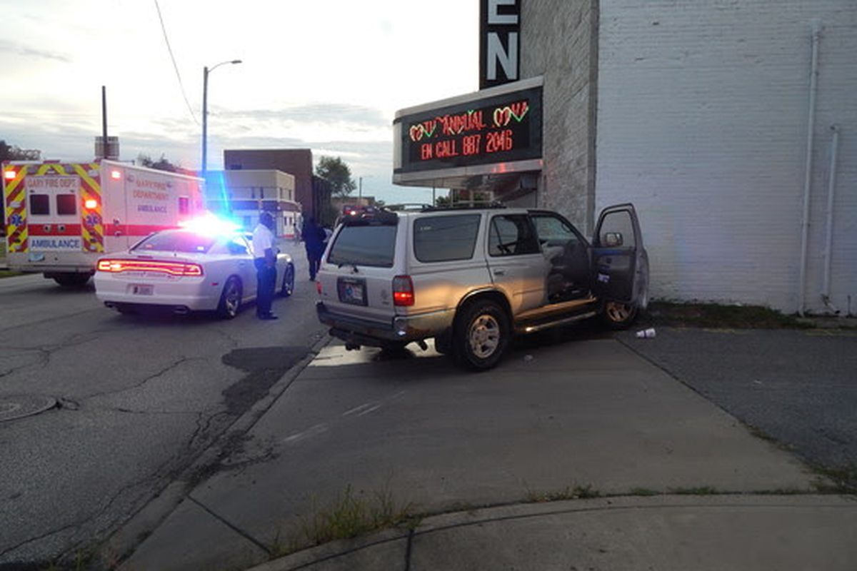 Man fled Gary traffic stop, crashed SUV into Glen Theater: police