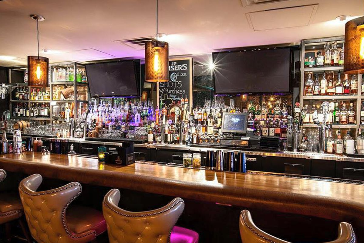 Nickel & Rye is the perfect place to indulge your shameless love of 90s tunes.