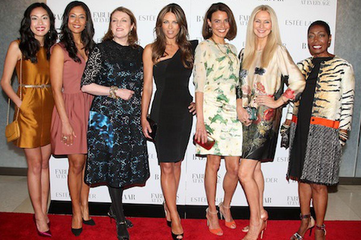 Glenda Bailey and Elizabeth Hurley flanked by the Fabulous at Every Age finalists via Starpix/Amanda Schwab
