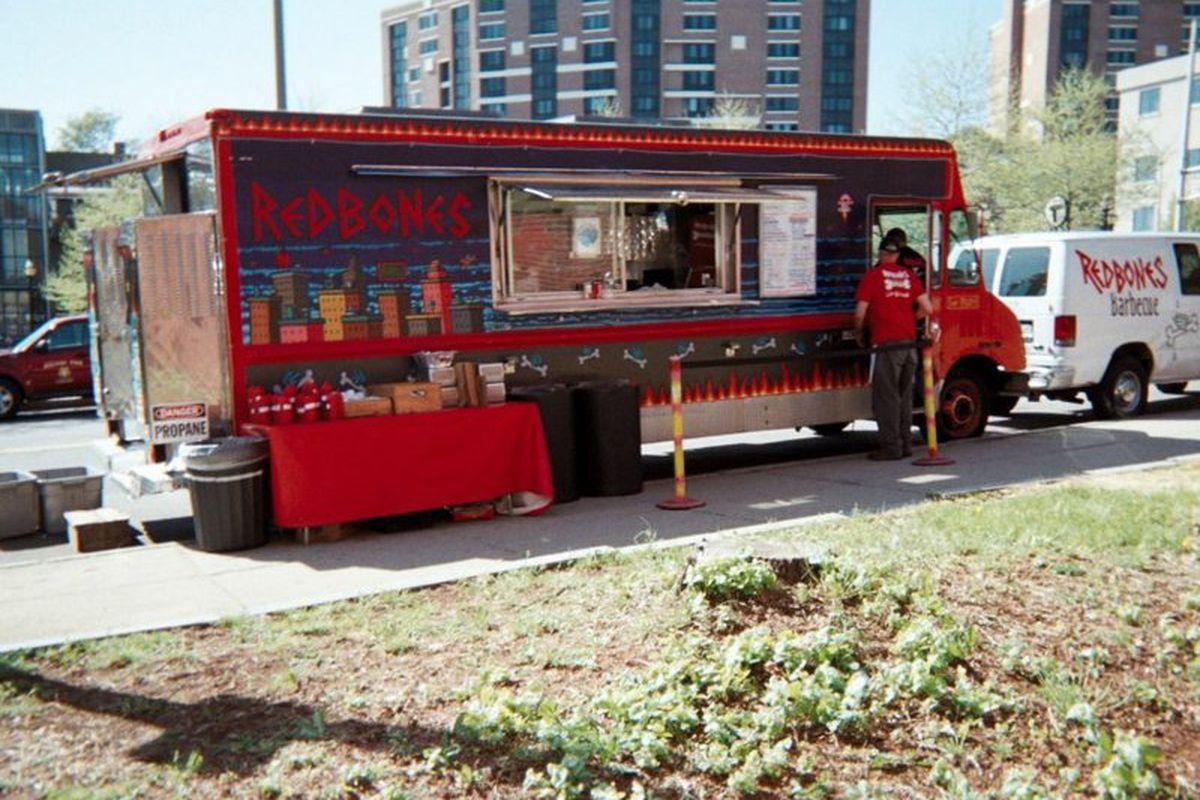Redbones truck