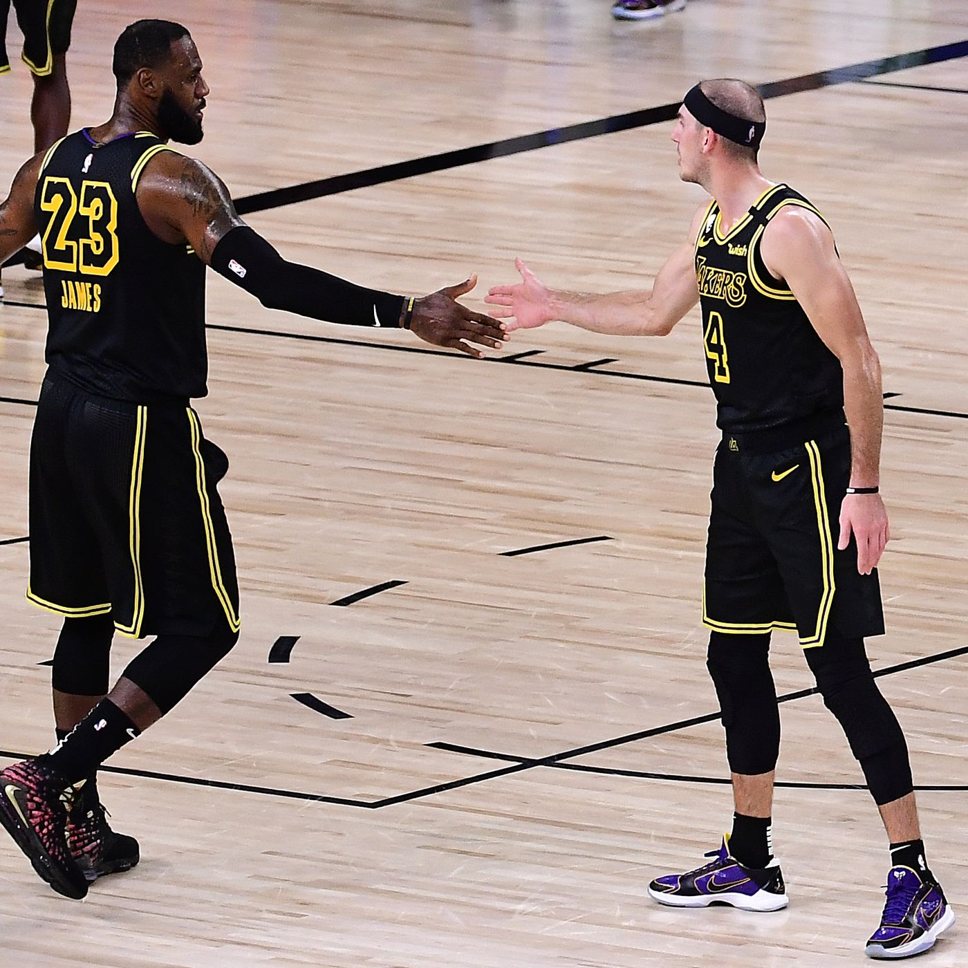 Nba Playoffs Breaking Down The Lakers Win Over The Rockets In Game 2 Silver Screen And Roll