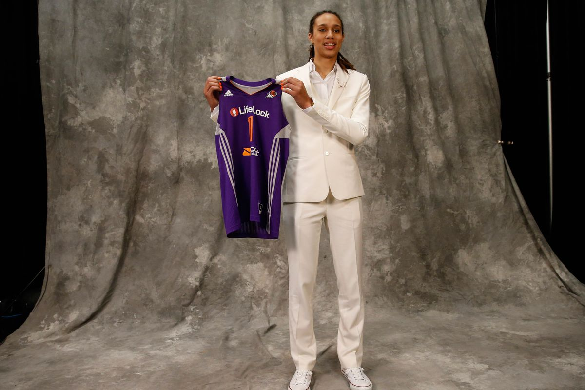 Brittney Griner is posing with her new jersey!