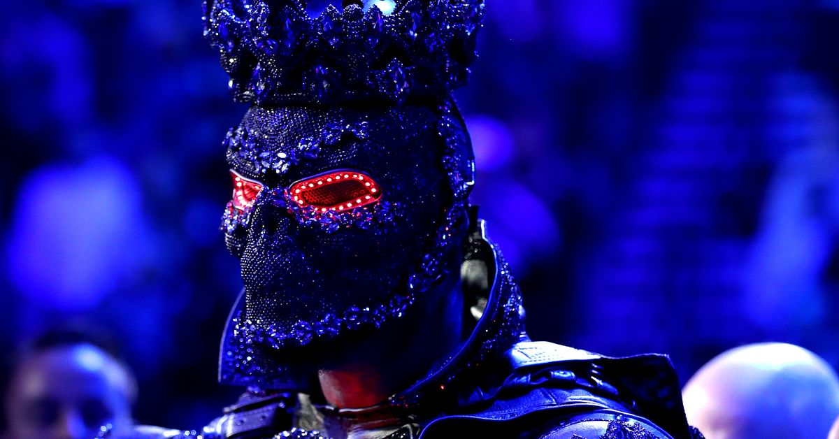 Morning Report: Deontay Wilder to rematch Tyson Fury, blames loss on 40-pound walkout costume