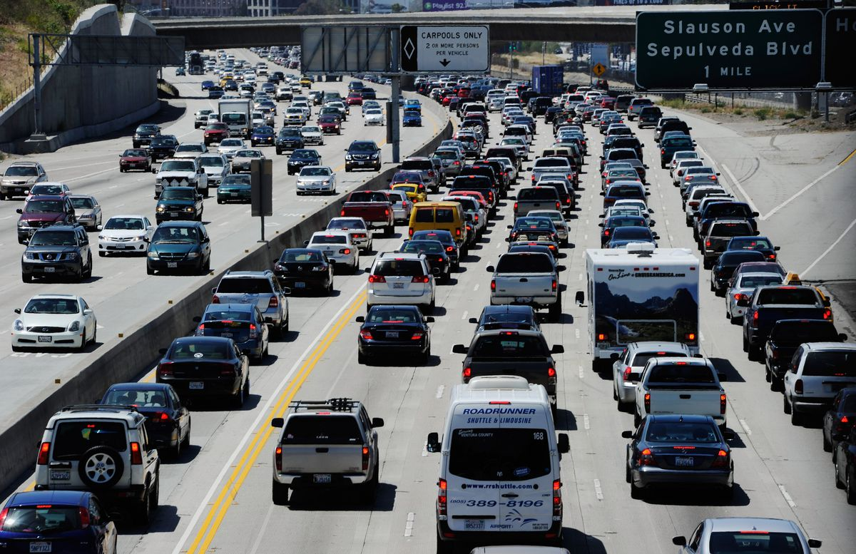 Over 35 Million Americans Expected To Travel For Memorial Day Weekend