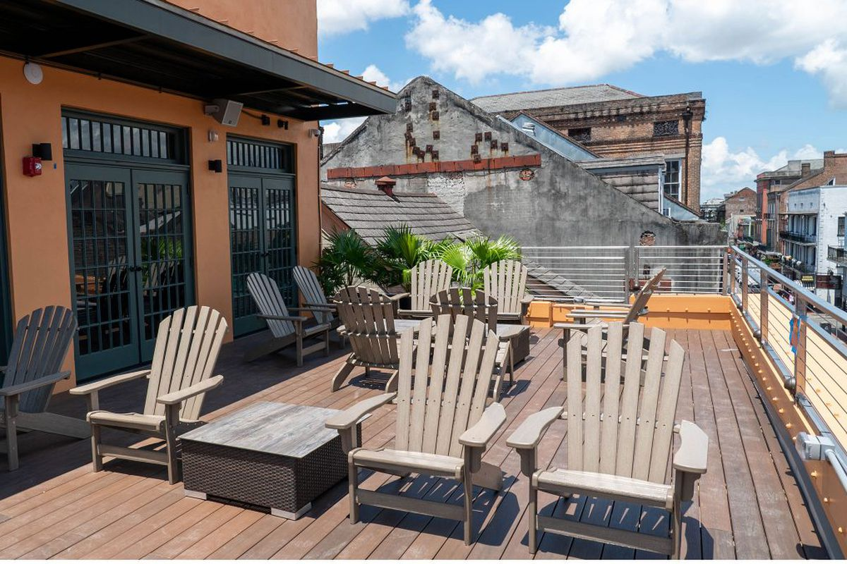 Mambo S Brings The French Quarter Its First Rooftop Bar And