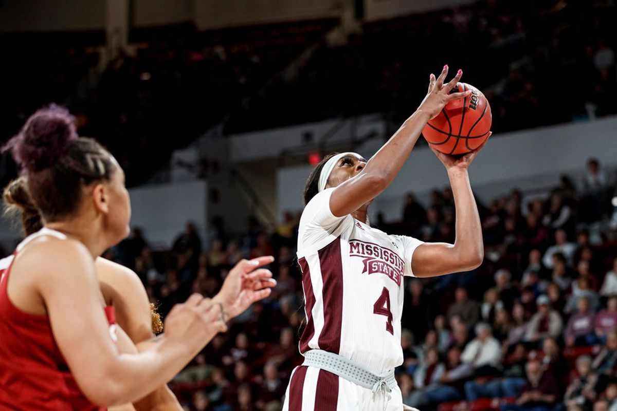 https://hailstate.com/galleries/womens-basketball/womens-basketball-vs-arkansas/starkville-ms-february-27-2020-mississippi-state-forward-center-jessika-carter-4-during-the-game-between-the-arkansas-razorbacks-and-the-mississippi-state-bulldogs-at-humphrey-coliseum-in-starkville-ms-photo-by-austin-perryman/5251/85224