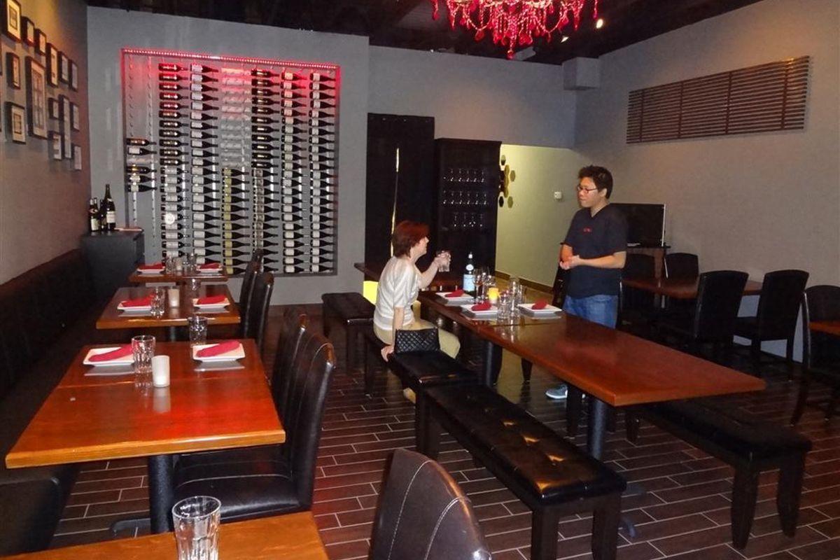Inside Chada Thai & Wine