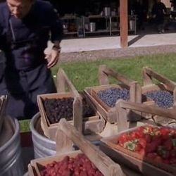 """<a href=""""http://eater.com/archives/2012/12/20/top-chef-seattle-episode-7-the-more-the-berrier.php"""">Top Chef Seattle Episode 7: The More The Berrier</a>"""