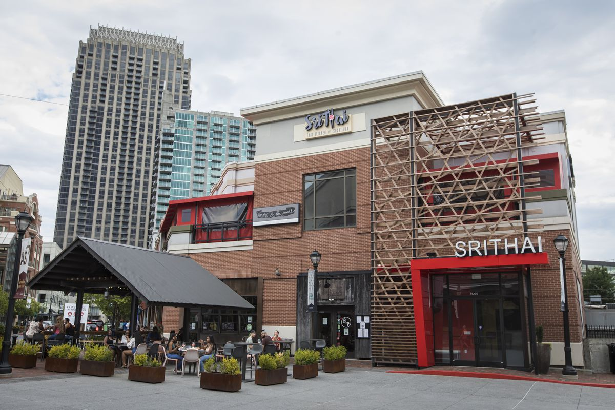 Thai And Japanese Restaurant Srithai Kitchen And Sushi Opens At Atlantic Station In Midtown Atlanta Eater Atlanta