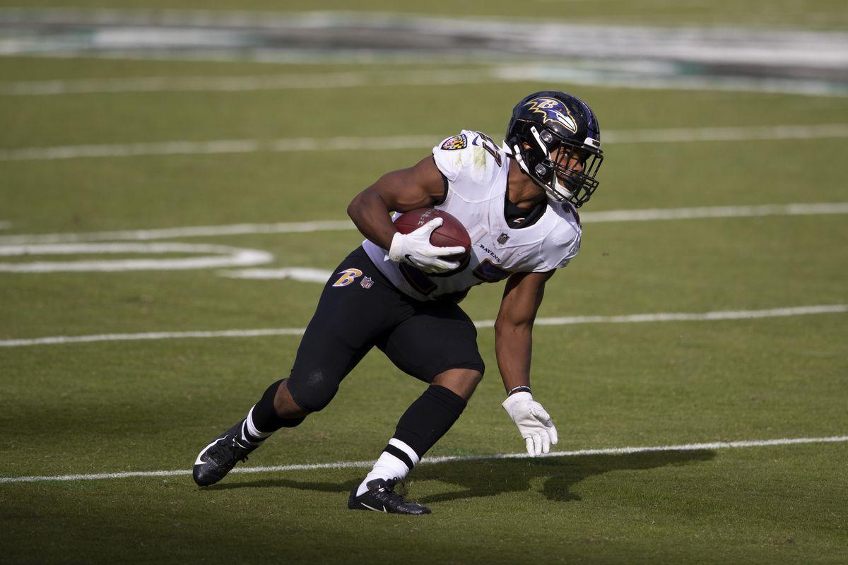 J.K. Dobbins #27 of the Baltimore Ravens runs the ball against the Philadelphia Eagles at Lincoln Financial Field on October 18, 2020 in Philadelphia, Pennsylvania.