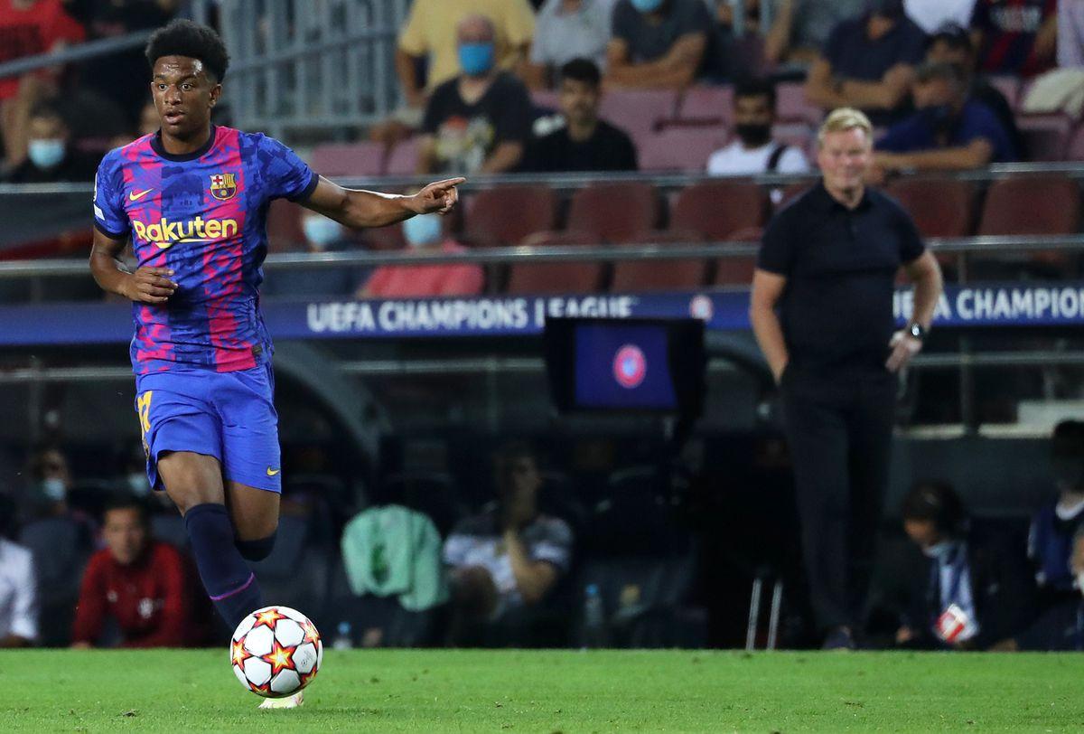 FC Barcelona v Bayern Munchen: Group E - UEFA Champions League