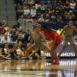 UConn�s Gabby Williams (15) defends a Maryland player.