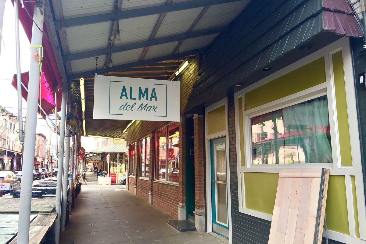 restaurant sign in philadelphia