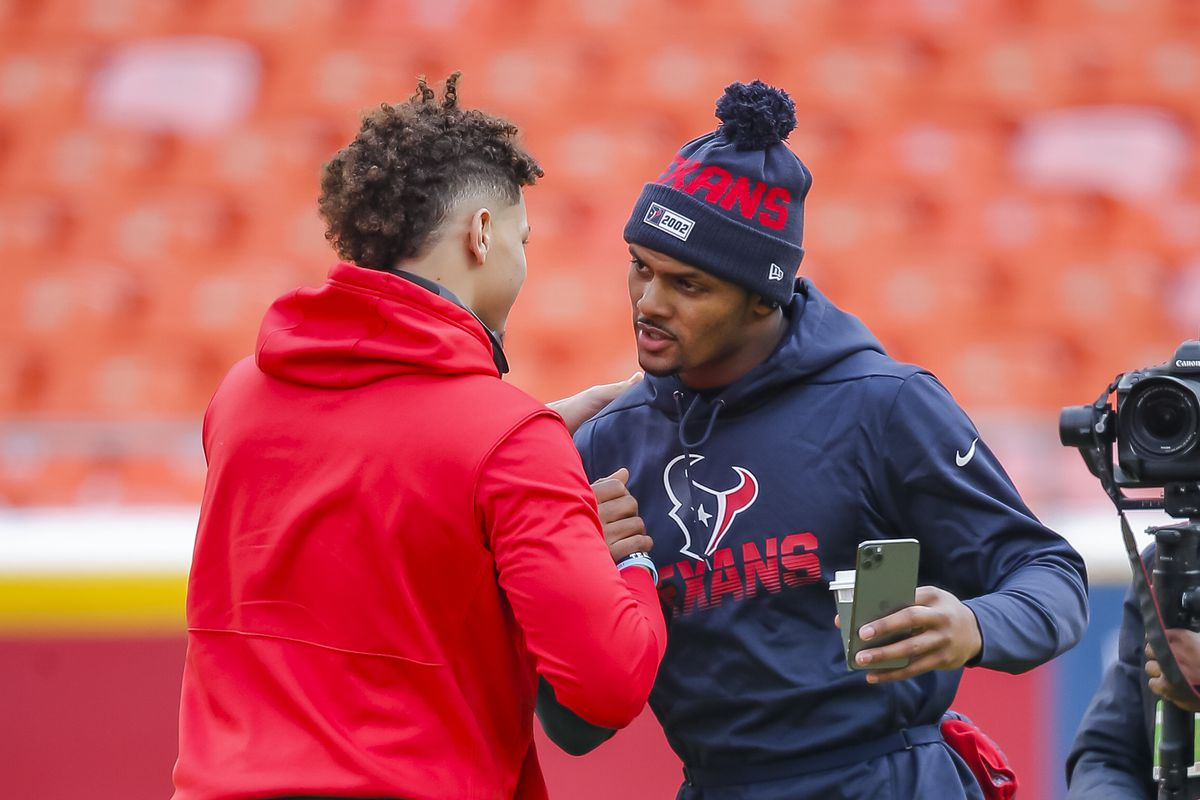 Patrick Mahomes of the Kansas City Chiefs greets Deshaun Watson of the Houston Texans prior to the AFC Divisional Round of the NFL Playoffs at Arrowhead Stadium on January 12, 2020 in Kansas City, Missouri.