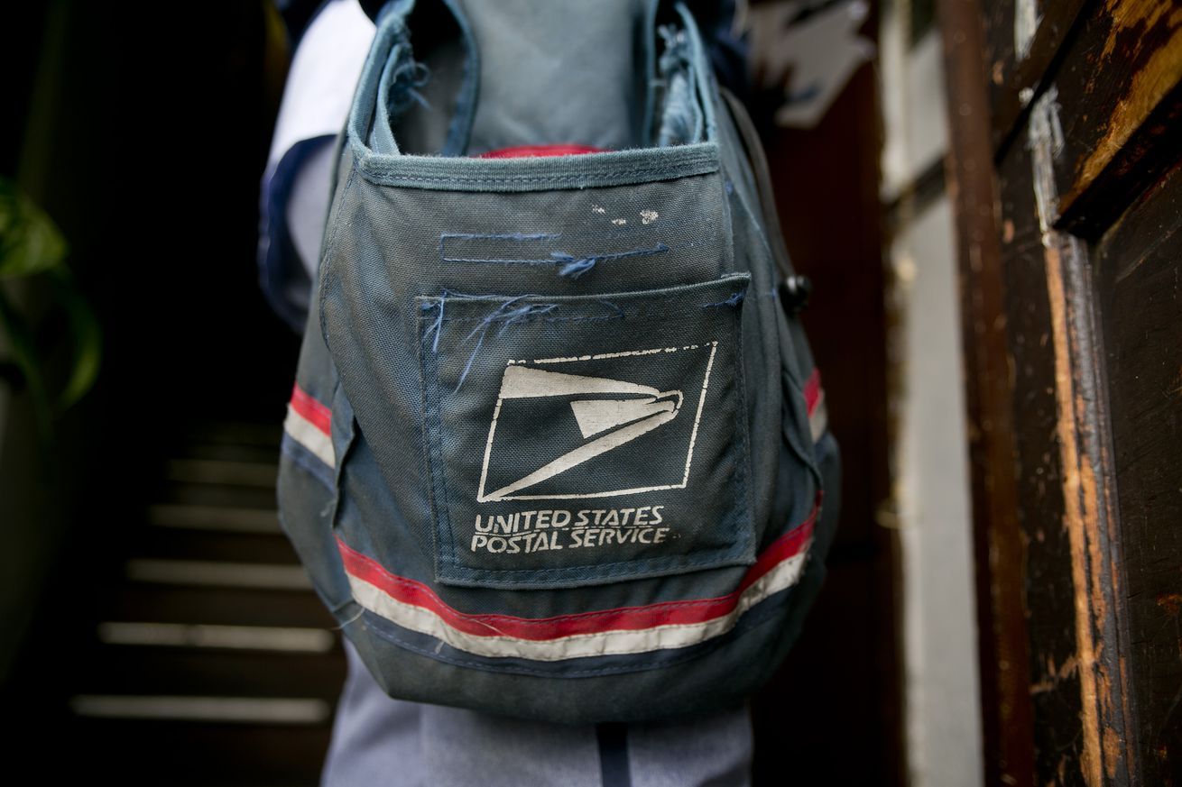 US Postal Service Mail Delivery Ahead Of Second-Quarter Results
