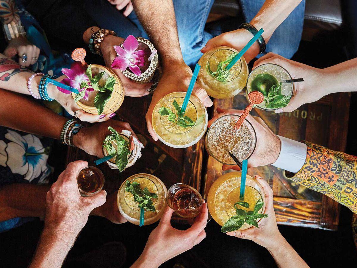 Tiki drinks at Smuggler's Cove