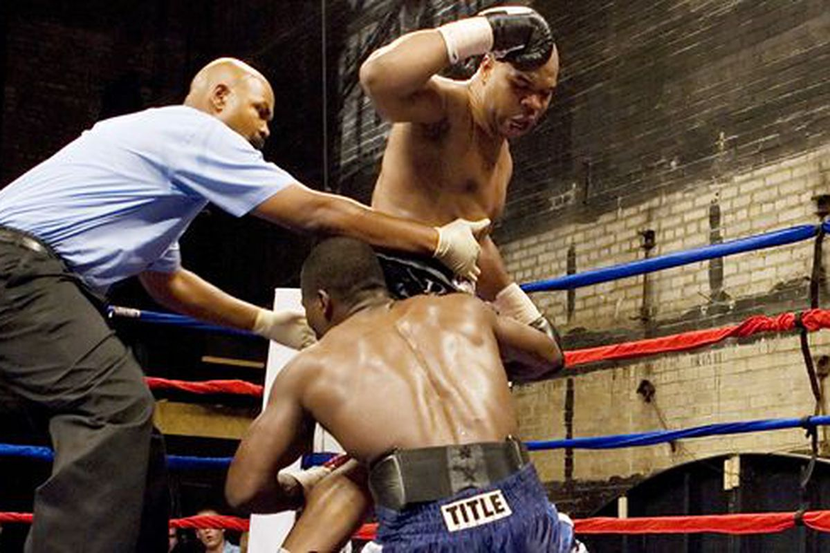 Wilson-Nwodo ended with a photo finish.  Wilson-Drozd involves two knockout artists, but only one of them has a beard.  If Drozd can't fight in a controlled manner, don't be surprised if Dingaling can pull off the upset.
