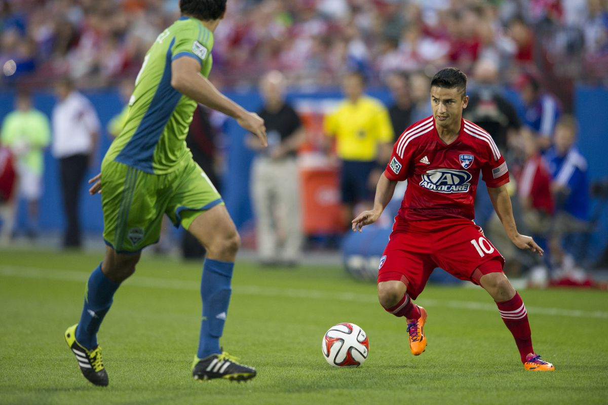Small? Or far away? Either way, Mauro Diaz is good.