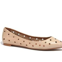"""<b>Madewell</b> The Holepunch Pointy Skimmer, <a href=""""https://www.madewell.com/madewell_category/SHOESANDSANDALS/skimmers/PRDOVR~A4256/A4256.jsp?color_name=vintage-canvas"""">$89.50</a>"""