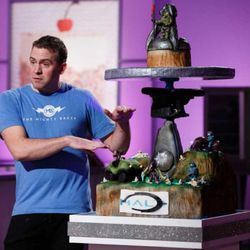 """Provo baker Pete Tidwell appears on an episode of Food Network's cooking competition show """"Cake Wars."""" Tidwell won a $10,000 prize and had his cake featured at the 2016 """"Halo"""" world championship."""