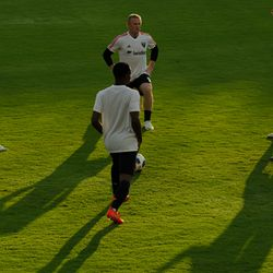 Wayne Rooney warms up before his D.C. United debut