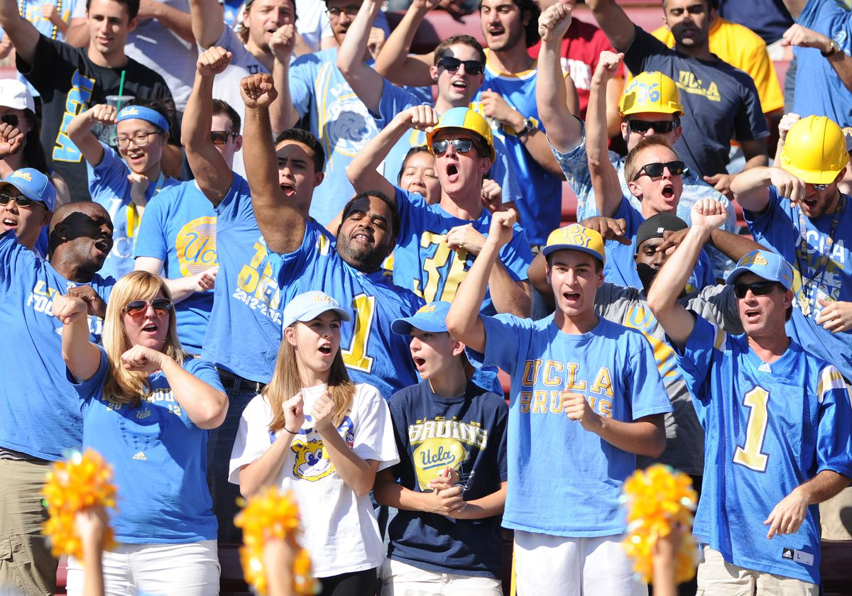NCAA FOOTBALL: OCT 19 UCLA at Stanford