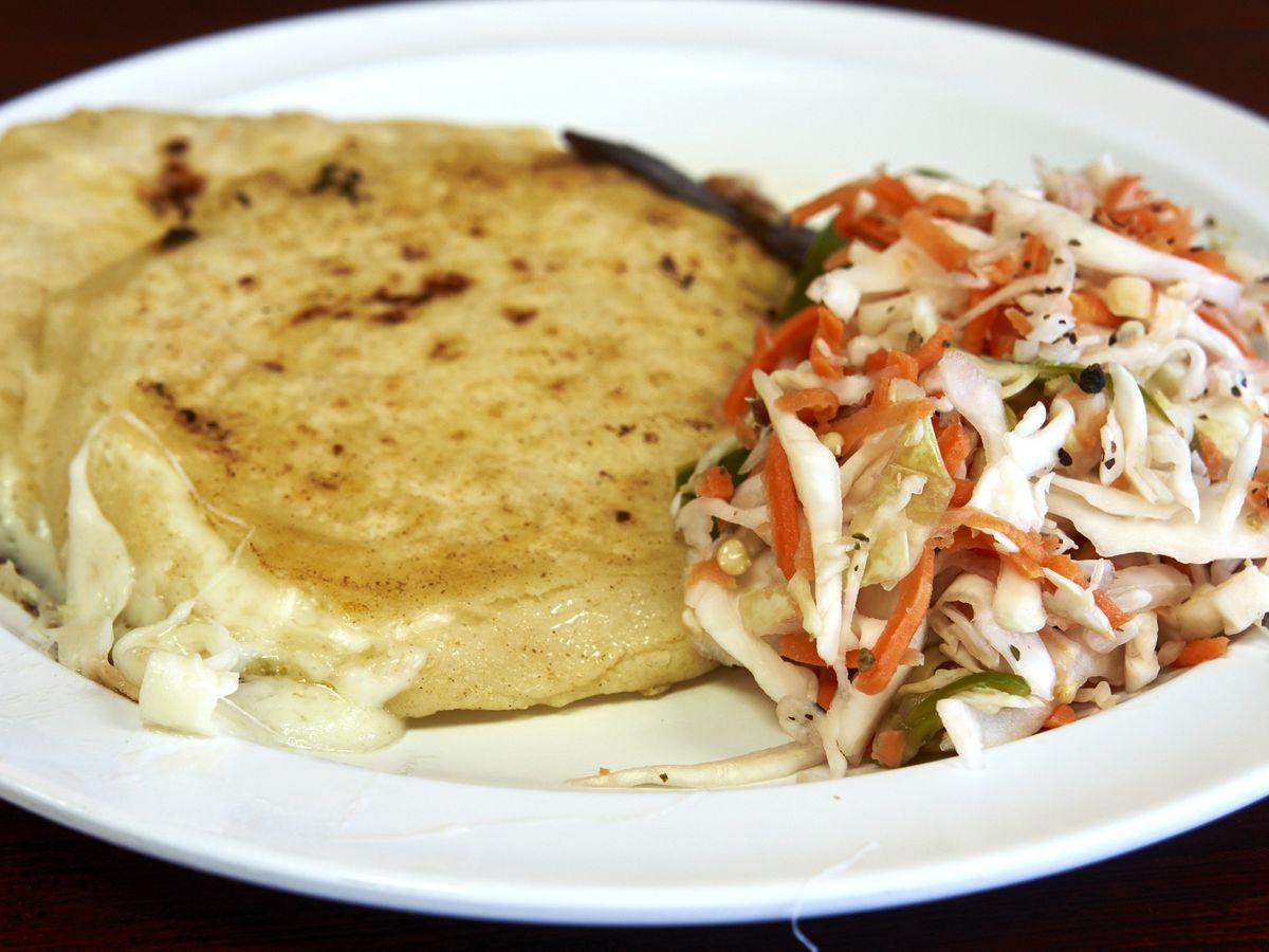 [THUR] Eater Scenes: Pupusas Dona Lola
