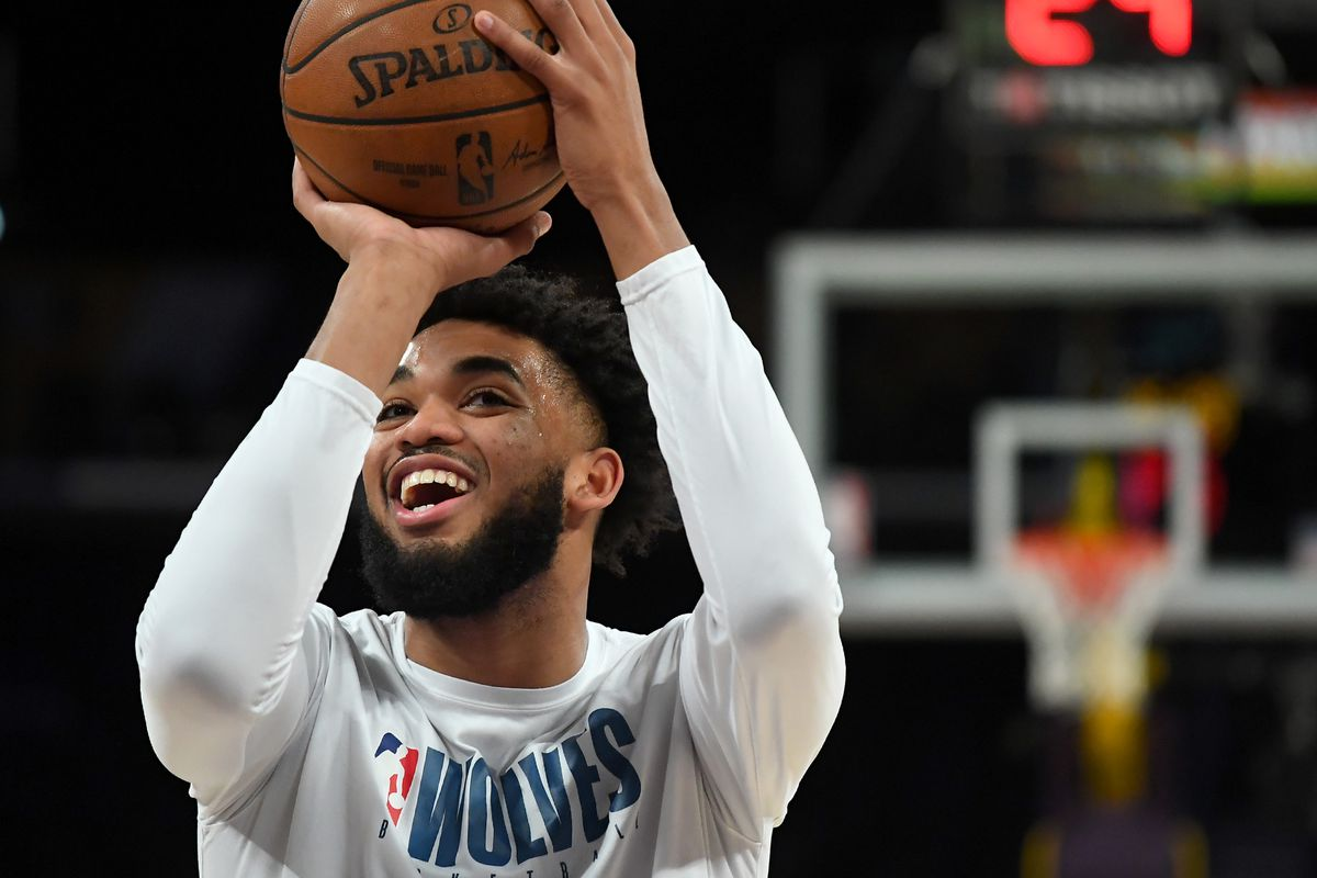 Minnesota Timberwolves center Karl-Anthony Towns warms up before the game against the Los Angeles Lakers at Staples Center.