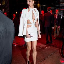 Karlie Kloss literally wore a cut-off version of the dress she wore to the gala.