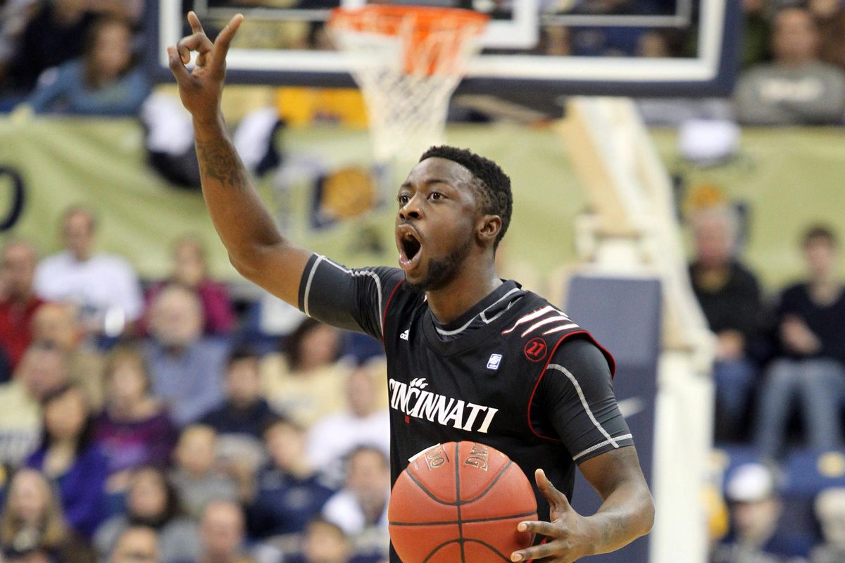 Cashmere Wright and the Bearcats are in the top 10. I am not in favor of this.
