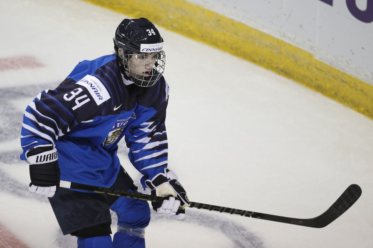 Nhl Mock Draft 2019 Philadelphia Flyers Select Ville Heinola With