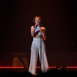 Lorde performs at Allstate Arena. | Erin Brown/Sun-Times