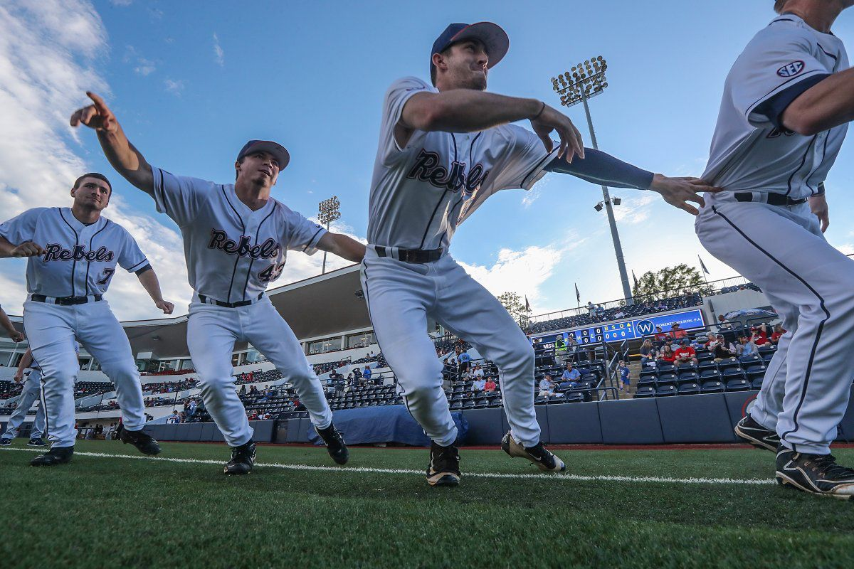 Auburn edges MS 5-4 in SEC tournament